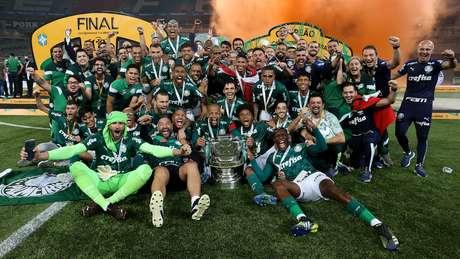Jogadores do Palmeiras comemoram título do Palmeiras
