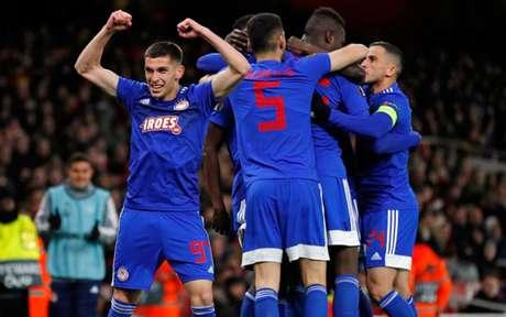 Em 2020, Olympiacos superou o Arsenal no Emirates Stadium (Foto: ADRIAN DENNIS / AFP)