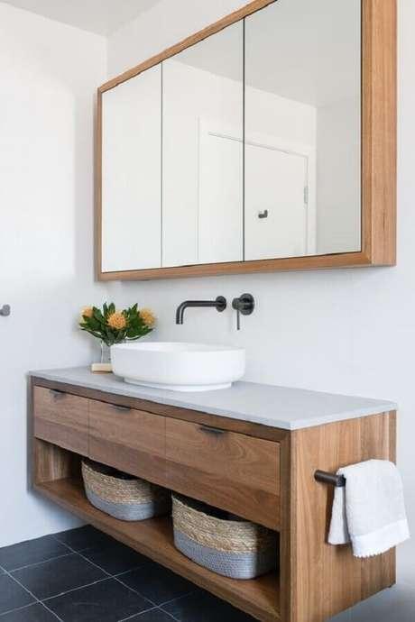 1 O armário espelheira para banheiro pode trazer muito mais praticidade ao seu espaço – Foto Apartment Therapy