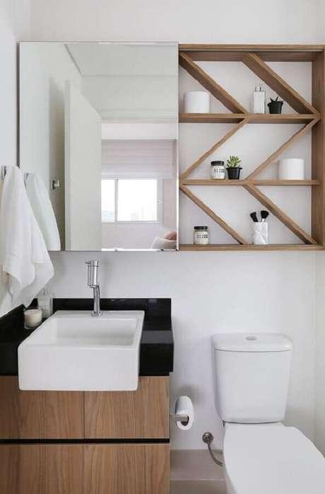5. Decoração com espelheira para banheiro pequeno – Foto Pinterest
