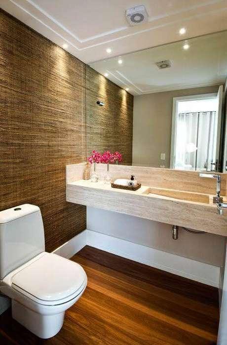 36. Decoração com bancada de mármore para banheiro pequeno -Foto Homify