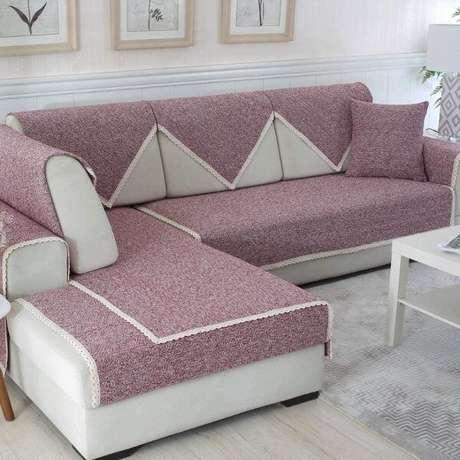 47. Capa de sofá de canto lilás – Foto Amazon