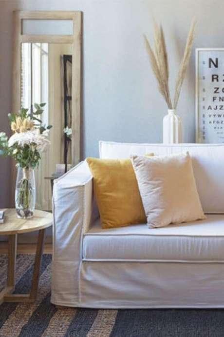 12. Capa de sofá feito sob medida – Foto Parati