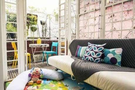 15. Capa de sofá para sala com crianças – Foto Revista VD