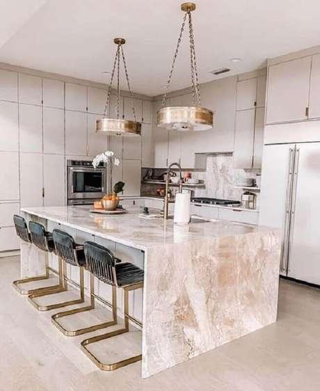 4. Cozinha sofisticada decorada com bancada de mármore para ilha – Foto We Heart It