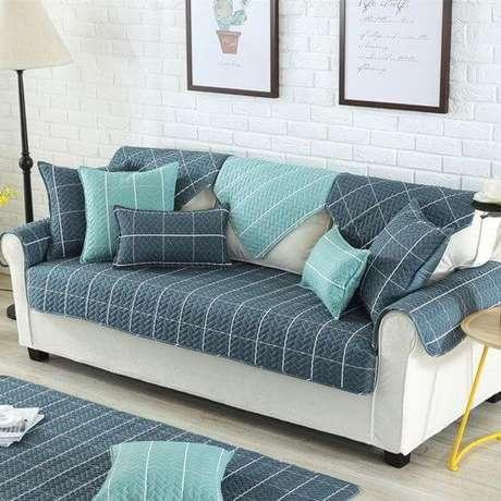 14. Capa de sofá protetora azul – Foto Artesanato Passo a passo