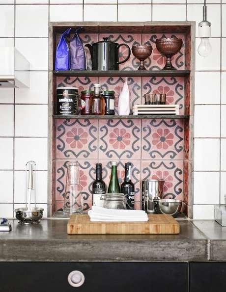 47. Cozinha com azulejo retro moderno – Foto Pequenina Vanilla