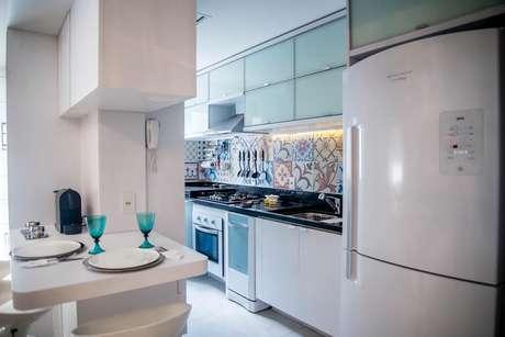 38. Cerâmica para parede de cozinha em ladrilhos – Foto Studio Bene Arquitetura