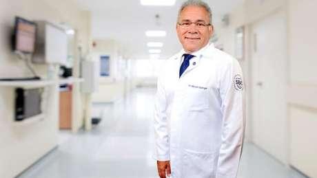 Médico Marcelo Antônio Cartaxo Queiroga Lopes é o quarto ministro da Saúde no governo Bolsonaro