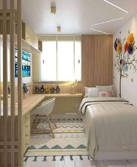 33. Cores claras para decoração de quarto de solteiro feminino pequeno com bancada de canto planejada – Foto Pinterest
