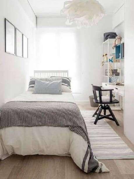 2. Decoração simples para quarto feminino pequeno todo branco -Foto Pinterest