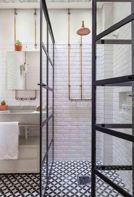 59. Azulejo de banheiro decorado com estilo industrial. Foto: Pinterest