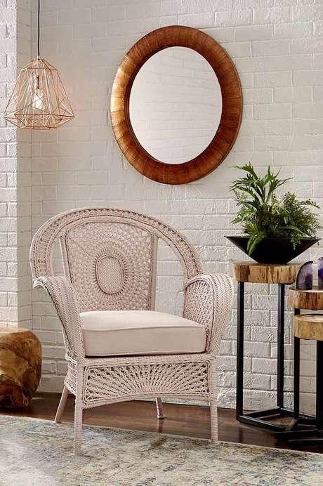 25. Poltrona de vime branca para sala de estar – Foto Pinterest