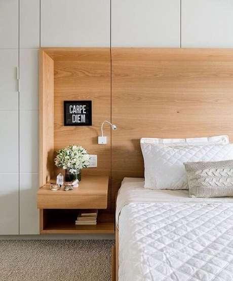 12. Capriche na quantidade de armários do guarda-roupa com cama embutida planejado. Fonte: Pinterest