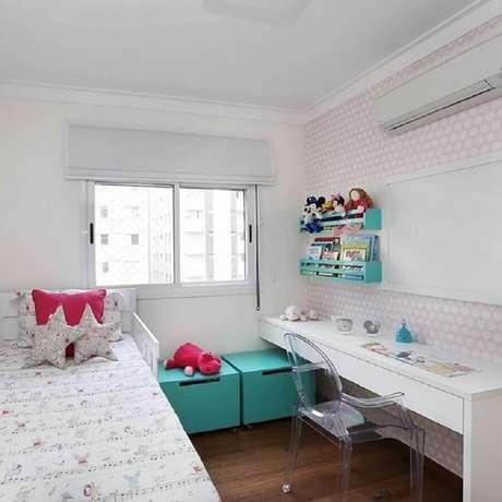 3. Tenha em mãos todas as medidas do quarto feminino pequeno antes de comprar os móveis – Foto GF Projetos