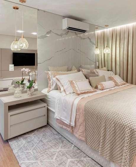 40. Revestimento marmorizado no quarto moderno – Foto Arkpad