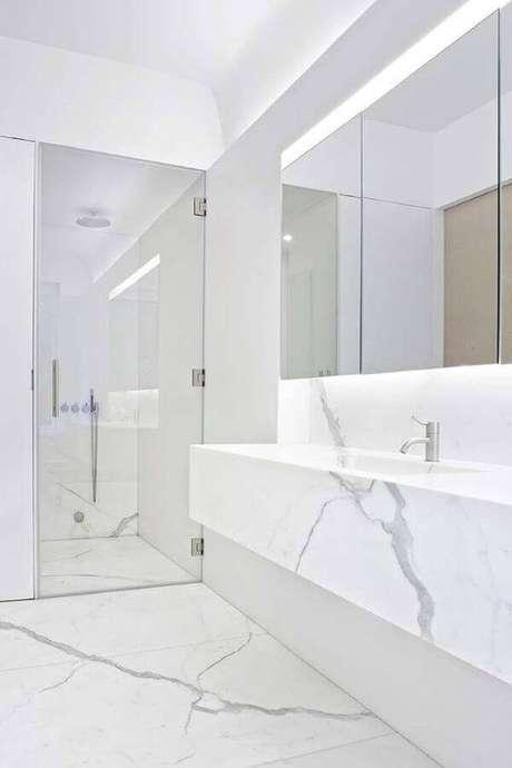 56. Banheiro marmorizado cinza – Foto Ideias Decor