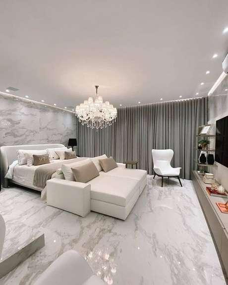 13. Quarto moderno com revestimento marmorizado – Foto Pajaris