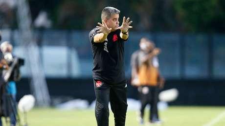 Marcelo Cabo ainda não venceu no comando do Vasco (Foto: Rafael Ribeiro / CR Vasco da Gama)