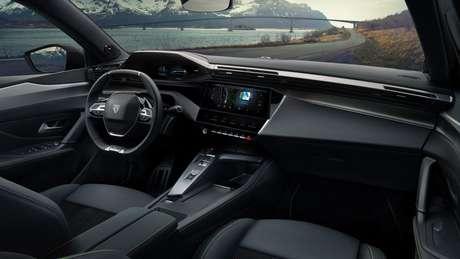 Por dentro, novo Peugeot 308 traz as mais recentes inovações na multimídia da marca.
