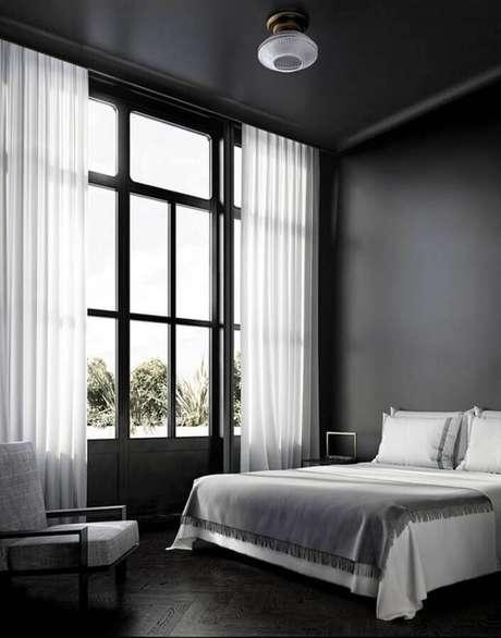 2. Piso preto para quarto de casal minimalista – Foto Pinterest