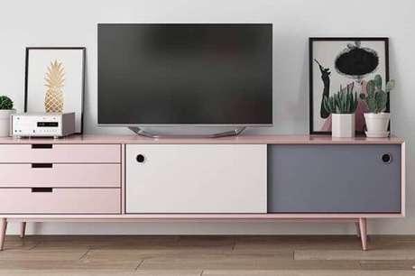 6. Rack pé palito rosa claro e cinza – Foto Pinterest