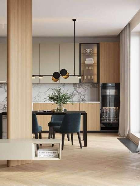 53. Decoração com luminária para sala de jantar moderna – Foto Artem Babayants Architects