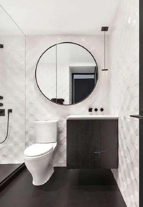 62. Piso preto liso para decoração de banheiro branco – Foto Jeito de Casa
