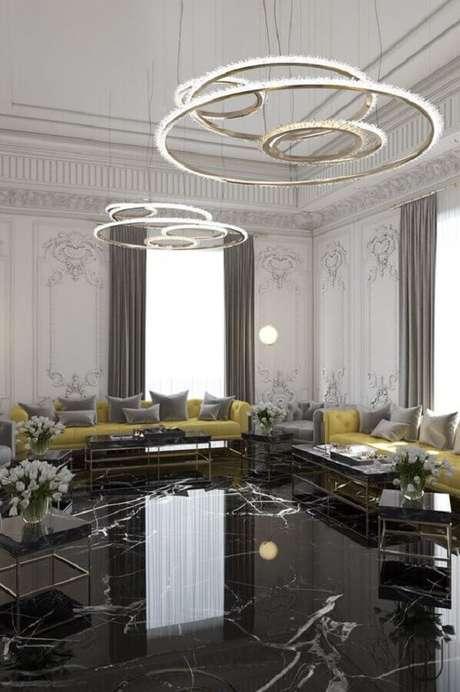 46. Decoração sofisticada para casa com piso preto mármore – Foto Behance