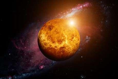 Vênus, o planeta do amor, entra em Áries hoje, dia 21 - Shutterstock