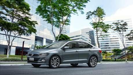 Volkswagen Virtus Highline: o mais caro dos três, mas também o mais potente e com maior porta-malas.