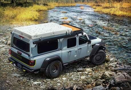 Jeep Farout.
