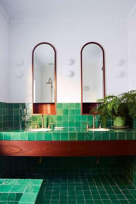 4. Revestimento verde no banheiro – Foto Casa Vogue