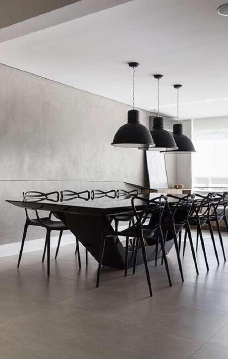 61. Decoração de sala cinza moderna com cadeiras para mesa de jantar preta – Foto: Pinterest