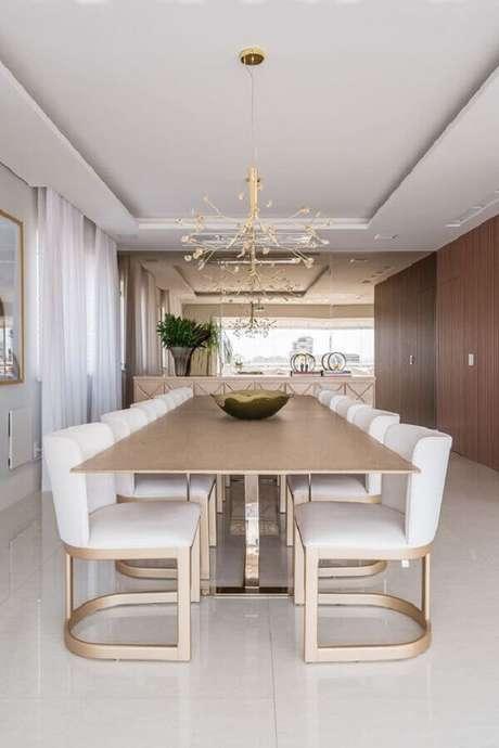 3. Dê preferência por modelos confortáveis de cadeiras para mesa de jantar – Foto: Casa de Valentina