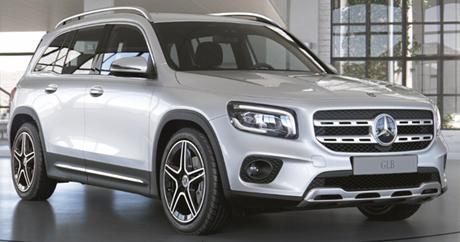 Mercedes-Benz GLB agora vem em novas versões.