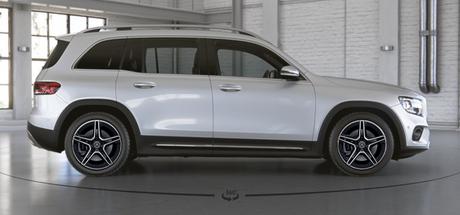 Mercedes-Benz GLB é o novo SUV 7 lugares da marca alemã.