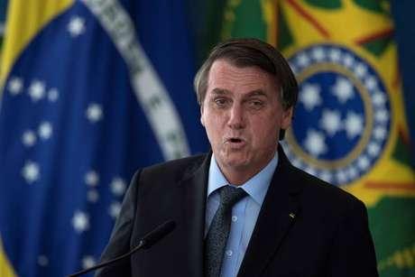 """Ação no STF acusa Bolsonaro de """"homicídio"""" na pandemia"""