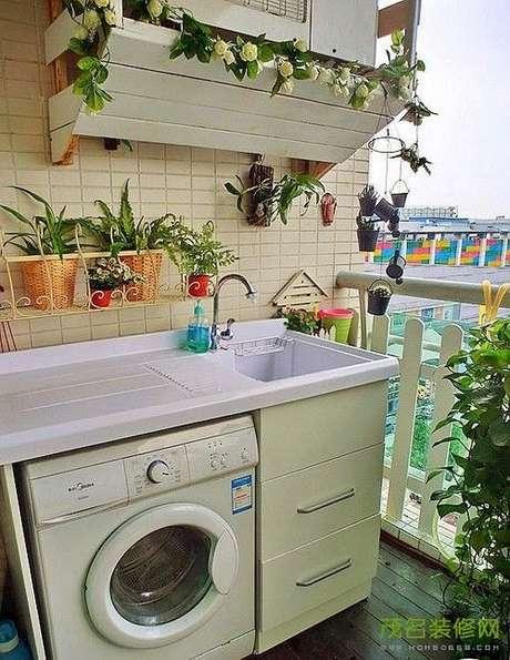 44. Área gourmet com lavanderia pequena – Foto Pinterest