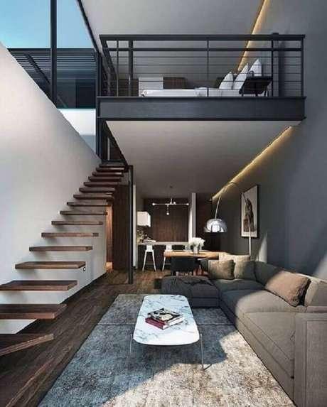 32. Escada flutuante de madeira leva os moradores até a cama mezanino. Fonte: Pinterest