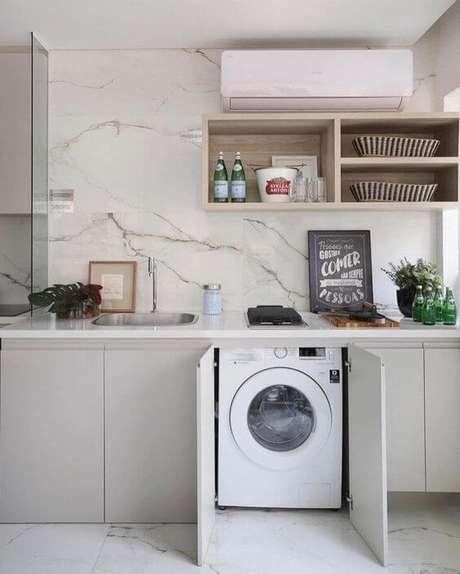 26. Lavanderia simples escondida nos armários da área gourmet – Foto Pinterest