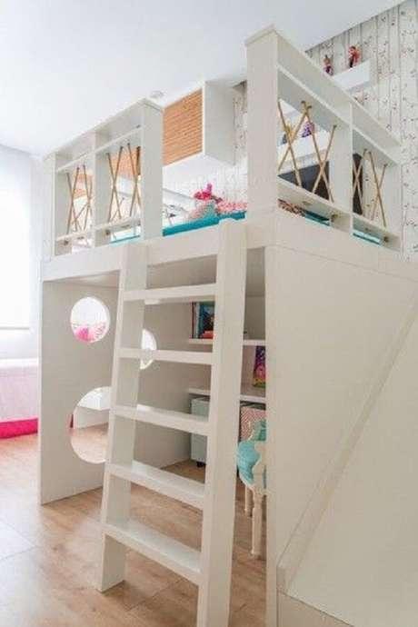 61. A cama mezanino solteiro é perfeito para otimizar espaços no dormitório. Fonte: NaToca Design