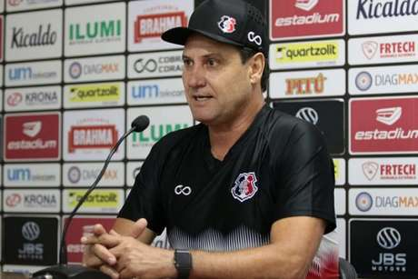 Treinador chegou na atual temporada para o clube que atuou nos tempos de atleta (Rafael Melo/Santa Cruz)