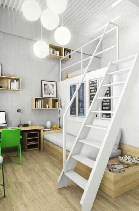 39. Cama solteiro mezanino otimiza o espaço deste dormitório. Fonte: Pinterest