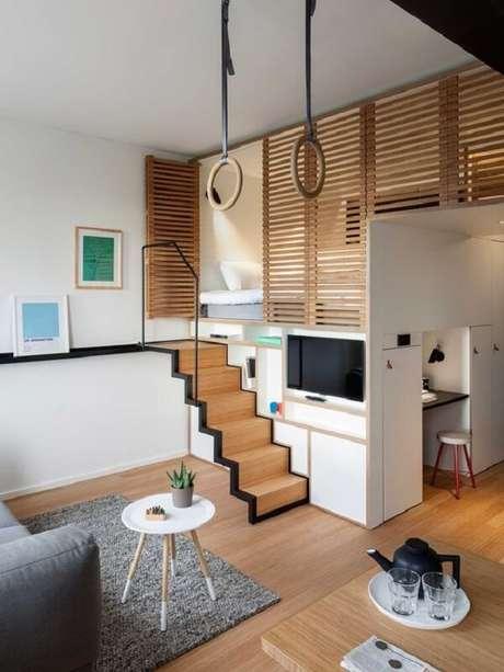 17. Projeto ousado e planejado com cama com mezanino. Fonte: Pinterest