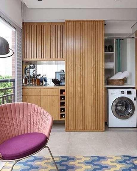 8. Área gourmet com lavanderia planejada e pequena – Foto Pinterest