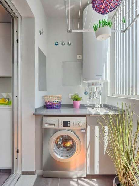 27. Lavandeira simples na varanda gourmet – Foto Pinterest