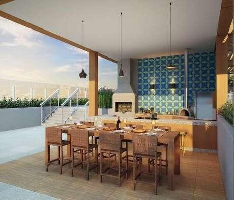 13. Área gourmet externa com decoração simples e charmosa – Foto Pinterest