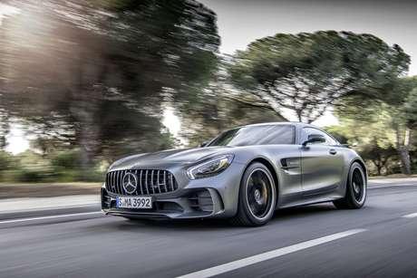 Mercedes-AMG GT R: fama de mito construída com ajuda das corridas de Fórmula 1.