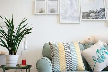 3. Os tecidos e as estampas são grandes aliados das texturas na decoração. Fonte: Pinterest